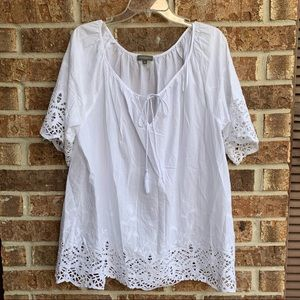 Vince camuto white lace women's top size 2X